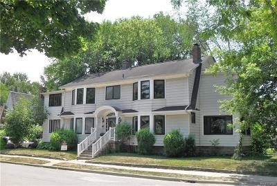 Royal Oak Single Family Home For Sale: 425 Park Avenue