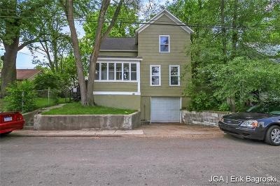 Grand Rapids Single Family Home For Sale: 47 Mack Avenue NE
