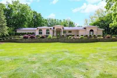 West Bloomfield, West Bloomfield Twp Single Family Home For Sale: 5720 Bloomfield Glens Road