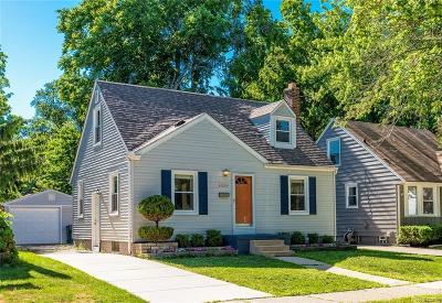 Royal Oak Single Family Home For Sale: 1033 Grove Avenue