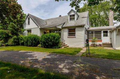 Westland Single Family Home For Sale: 27950 Ann Arbor Trail