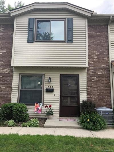Royal Oak Condo/Townhouse For Sale: 1468 W Webster Road