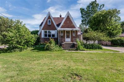 Fraser Single Family Home For Sale: 15402 Masonic