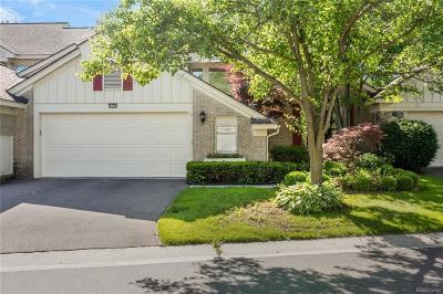 West Bloomfield, West Bloomfield Twp Condo/Townhouse For Sale: 7324 Simsbury Drive