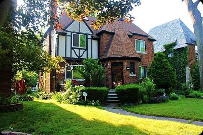 Detroit Single Family Home For Sale: 16842 Warwick Street