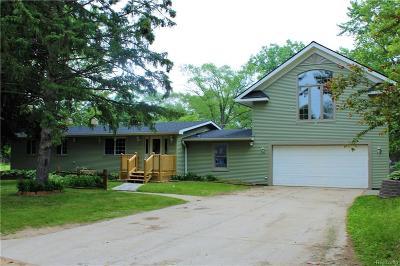 Single Family Home For Sale: 3510 Maple Ridge