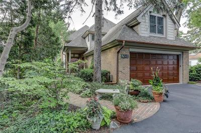 West Bloomfield, West Bloomfield Twp Single Family Home For Sale: 6510 Commerce Road