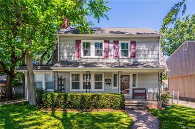 Royal Oak Single Family Home For Sale: 615 Bauman Avenue