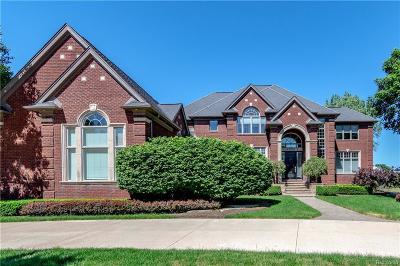 Shelby Twp Single Family Home For Sale: 52891 Sable Court