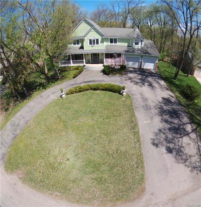 West Bloomfield, West Bloomfield Twp Single Family Home For Sale: 6902 Alden Drive