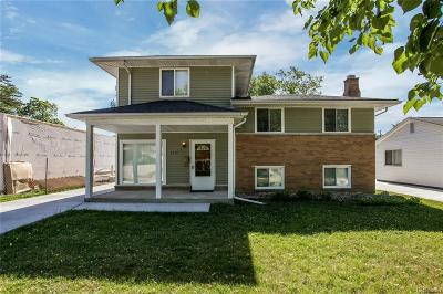 Royal Oak Single Family Home For Sale: 4018 Devon Road