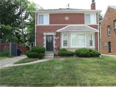 Detroit Single Family Home For Sale: 19435 Mendota Street