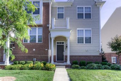Novi Condo/Townhouse For Sale: 27922 Hopkins Drive
