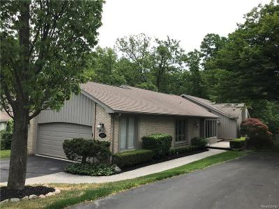 West Bloomfield, West Bloomfield Twp Single Family Home For Sale: 2245 Cameo Lake Court