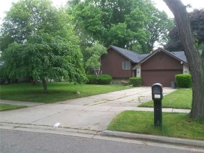 Oakland County Single Family Home For Sale: 29340 Marimoor Drive