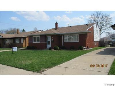 Warren, Eastpointe, Roseville, St Clair Shores, Clinton Township, Harrison Twp Single Family Home For Sale: 8340 Anna