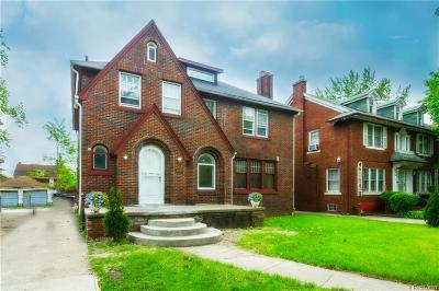 Detroit Single Family Home For Sale: 2495 W Boston Boulevard