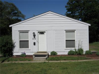 Pontiac MI Single Family Home For Sale: $52,900