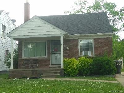 Detroit Single Family Home For Sale: 15411 E State Fair Street