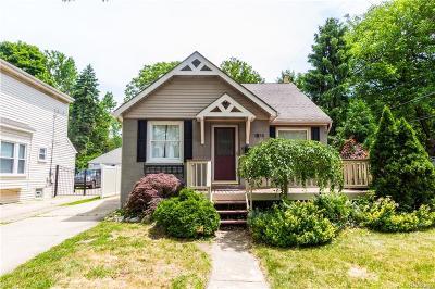 Royal Oak Single Family Home For Sale: 1818 N Lafayette Avenue