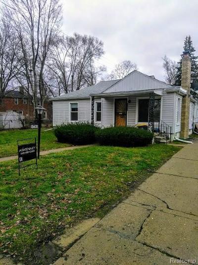 Oak Park Single Family Home For Sale: 13631 Winchester Street S