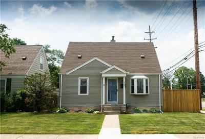 Royal Oak Single Family Home For Sale: 4127 Edgar Avenue