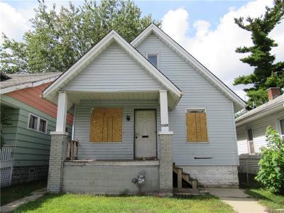 Detroit Single Family Home For Sale: 15823 Fairfield Street