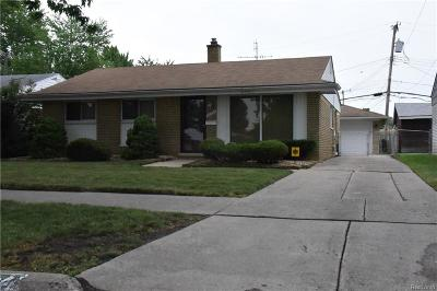Macomb County Single Family Home For Sale: 30302 Blossom Street