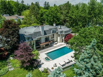 Bloomfield Hills Single Family Home For Sale: 460 Martell Drive