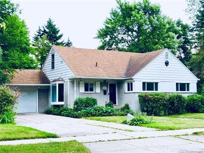Royal Oak Single Family Home For Sale: 4028 Hillside Drive