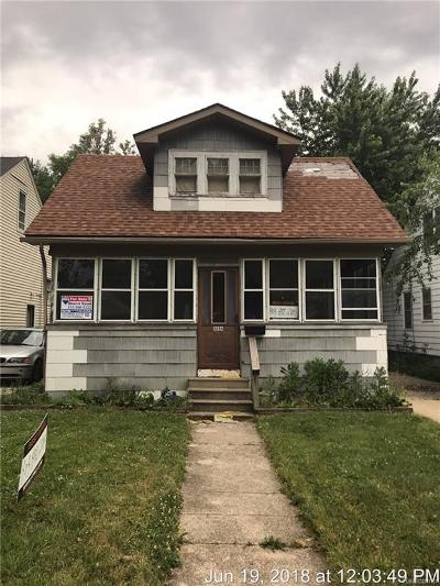 Detroit Single Family Home For Sale: 6894 Westwood Street
