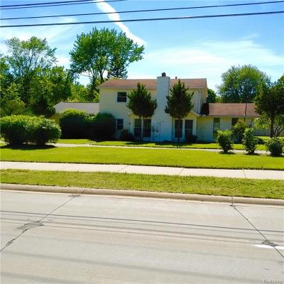 Farmington Hills Single Family Home For Sale: 25341 Orchard Lake Road