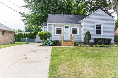 Macomb County Single Family Home For Sale: 11280 E 14 Mile Road