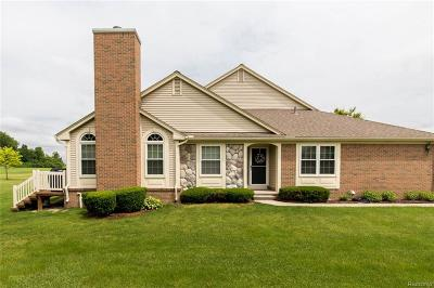 Canton Twp Condo/Townhouse For Sale: 1744 Thistle Drive