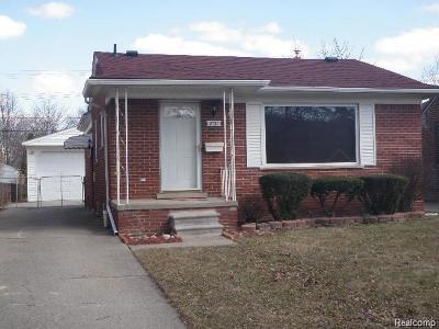 Oakland County, Macomb County, Wayne County Single Family Home For Sale: 3737 Pardee Avenue