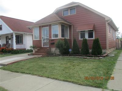 Dearborn Heights Single Family Home For Sale: 6855 Heyden Street