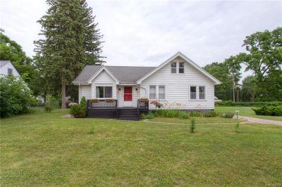 Oakland County, Macomb County, Wayne County Single Family Home For Sale: 19782 Negaunee