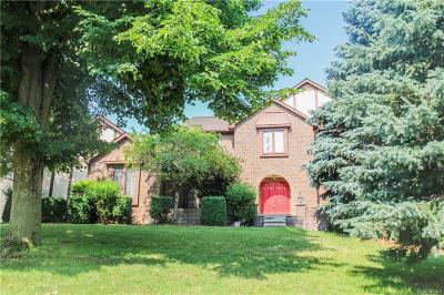 Rochester Hills Single Family Home For Sale: 1818 White Water Drive