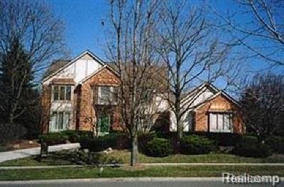 Rochester MI Single Family Home For Sale: $549,000