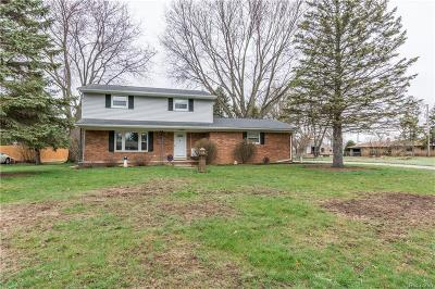 Single Family Home For Sale: 1501 Kingsway Drive