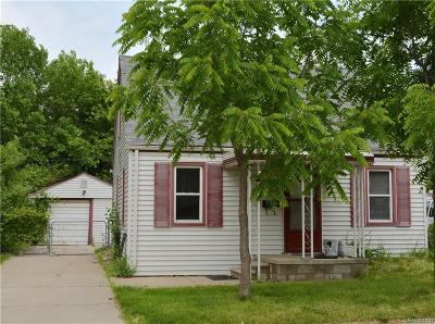 Madison Heights MI Single Family Home For Sale: $45,000