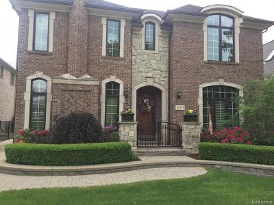 Rochester MI Single Family Home For Sale: $879,000
