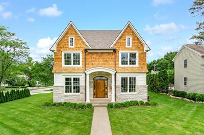 Birmingham Single Family Home For Sale: 1080 Pleasant Street