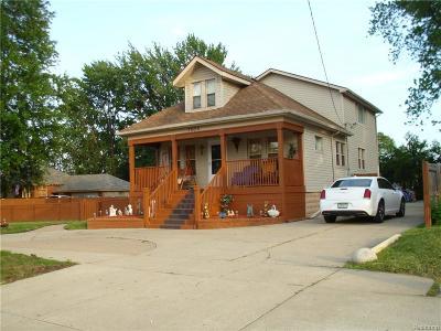 Warren Single Family Home For Sale: 3606 E 14 Mile Road E