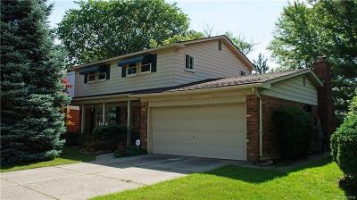 Warren Single Family Home For Sale: 31324 Frank Drive