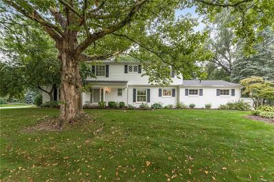 Bloomfield Hills Single Family Home For Sale: 2265 Hunt Club Drive