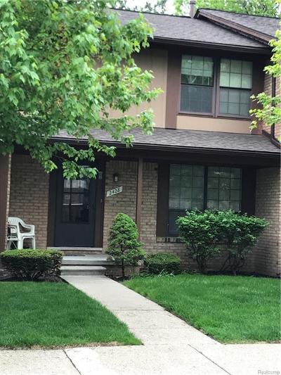 Warren Condo/Townhouse For Sale: 2428 Chalk Farm W