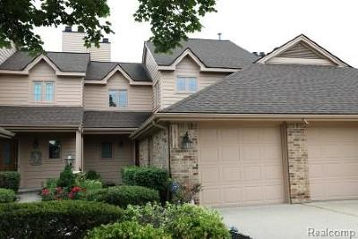 Northville Twp Condo/Townhouse For Sale: 18318 Blue Heron Drive W