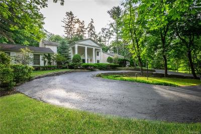 Bloomfield Hills Single Family Home For Sale: 469 Goodhue Road