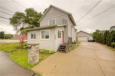 Keego Harbor, Sylvan Lake Single Family Home For Sale: 2245 Fordham Street